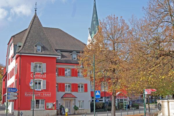 Hotel Central, Laufen, Aussen